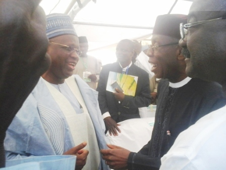 Minister of Agriculture (right) greeting the Chairman of NNDC, Alh. Bashir Moh. Dalhatu (Wazirin Dutse)