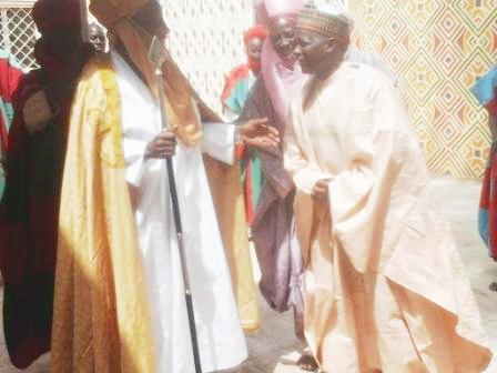 Chairman of NNDC paying homage to Emir of Dutse. His Royal Highness Dr. Mahammadu Sanusi