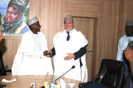 GMD/CEO of NNDC (left) in a warm handshake with the CEO of SUR Inv. of Turkey